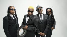 Banda Living Colour posa pra foto em fundo branco